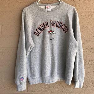competitive price 548e2 6cca1 Vintage Nike NFL Denver Broncos Sweatshirt Crew